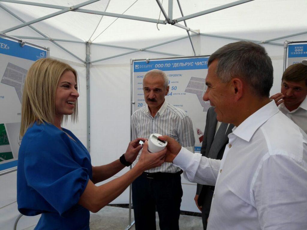 Президент РТ Рустам Минниханов ознакомился с первыми счетчиками газа марки DIO TECH